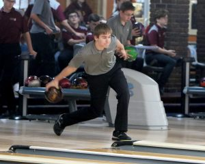 Season ends for Ankeny bowlers with 'off night' at district tourney