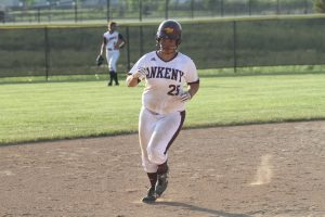 Thomas' walkoff blast helps Hawkettes to sweep in conference opener