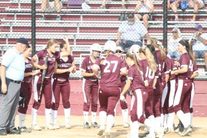 Magical season continues for Hawkettes with 2 extra-inning wins over Waukee