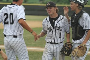 Jaguars hold off Mason City for 3-2 victory in postseason opener