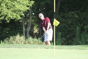 Hawks open season with 4th-place finish on challenging Waveland course