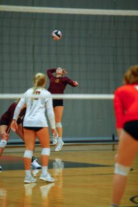 Hawkettes sweep another conference foe, setting up showdown for crown
