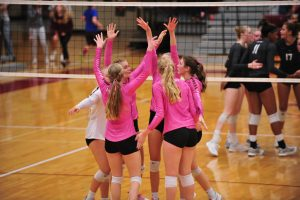 Hawkettes overcome injury to Behrens, claim Bettendorf championship
