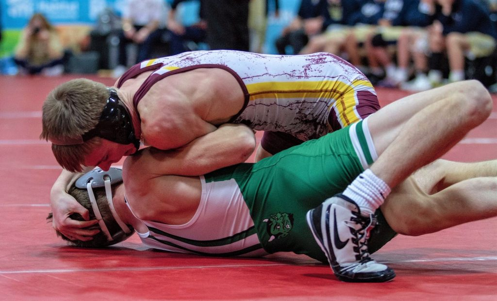 Late reversal allows Anderson to beat Fousek at Battle of Waterloo