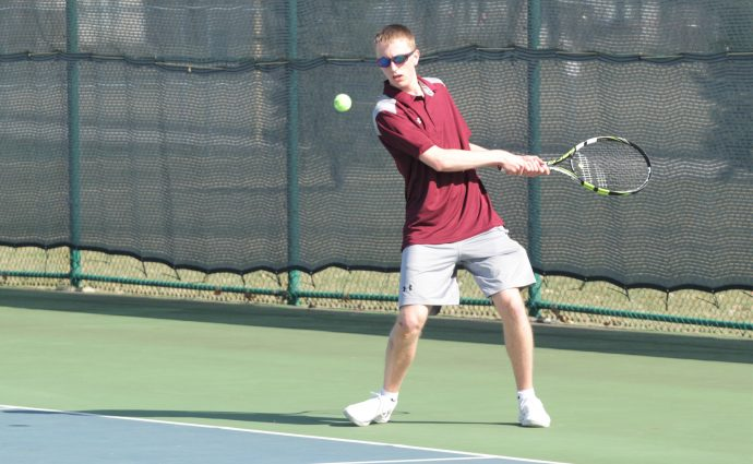Despite lack of experience, Smith excited about future of Hawks' tennis program