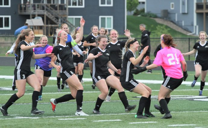 Jaguars win shootout on Jumper's save, earn outright Central Conference title
