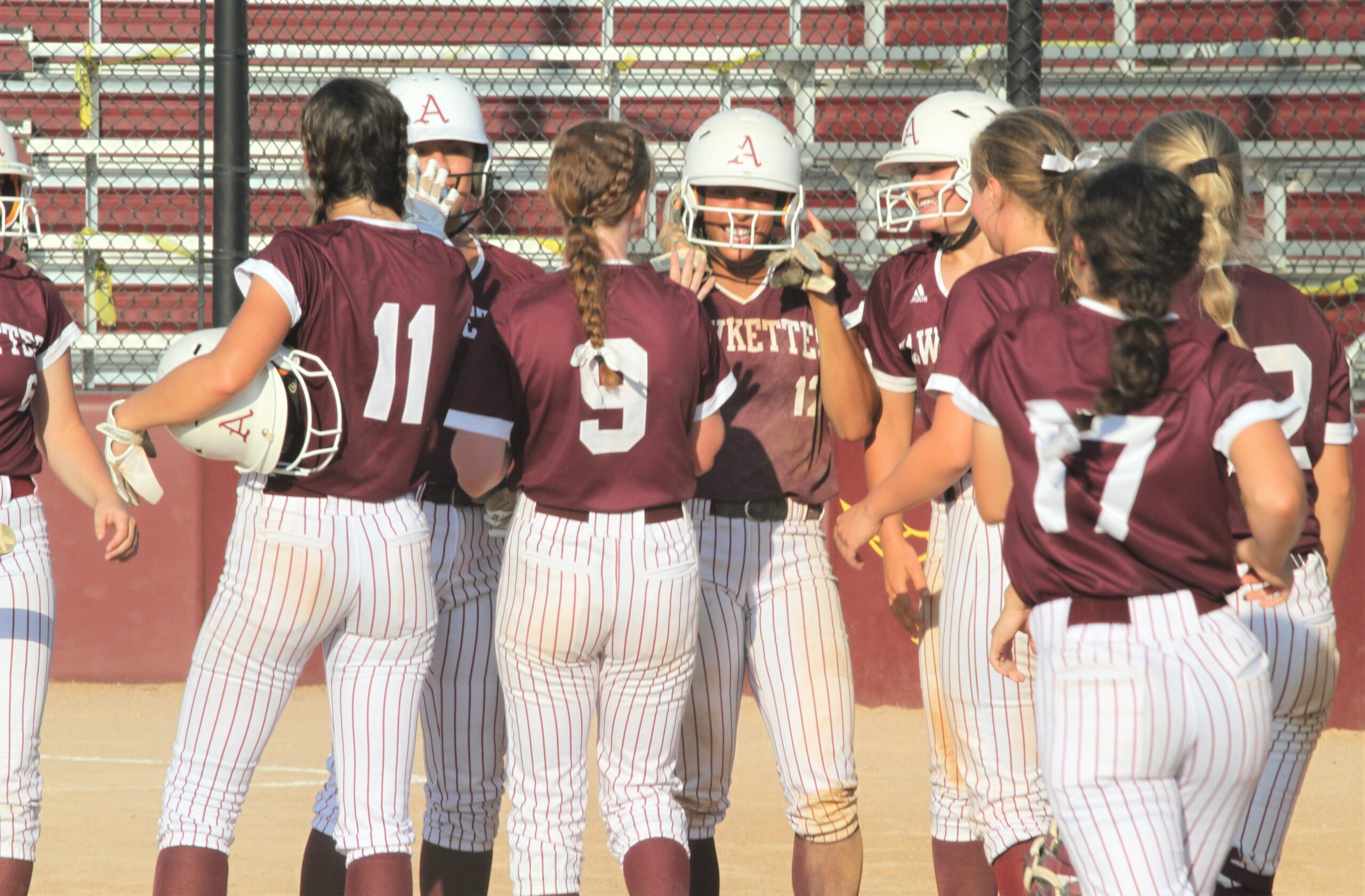 Overturf hits Ankeny's 21st homer in 25 games, leads Hawkettes past Ballard