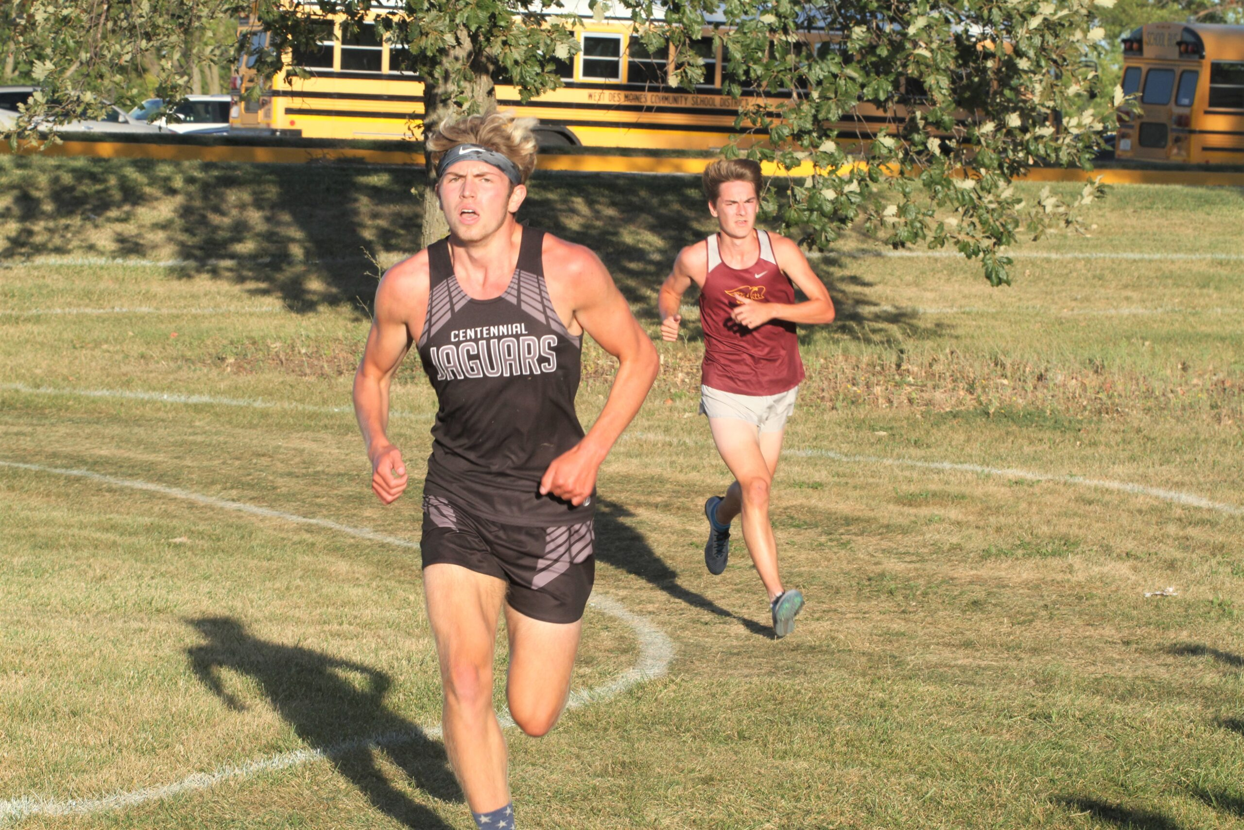 Centennial boys, girls race to runner-up finishes at Knoxville Invitational