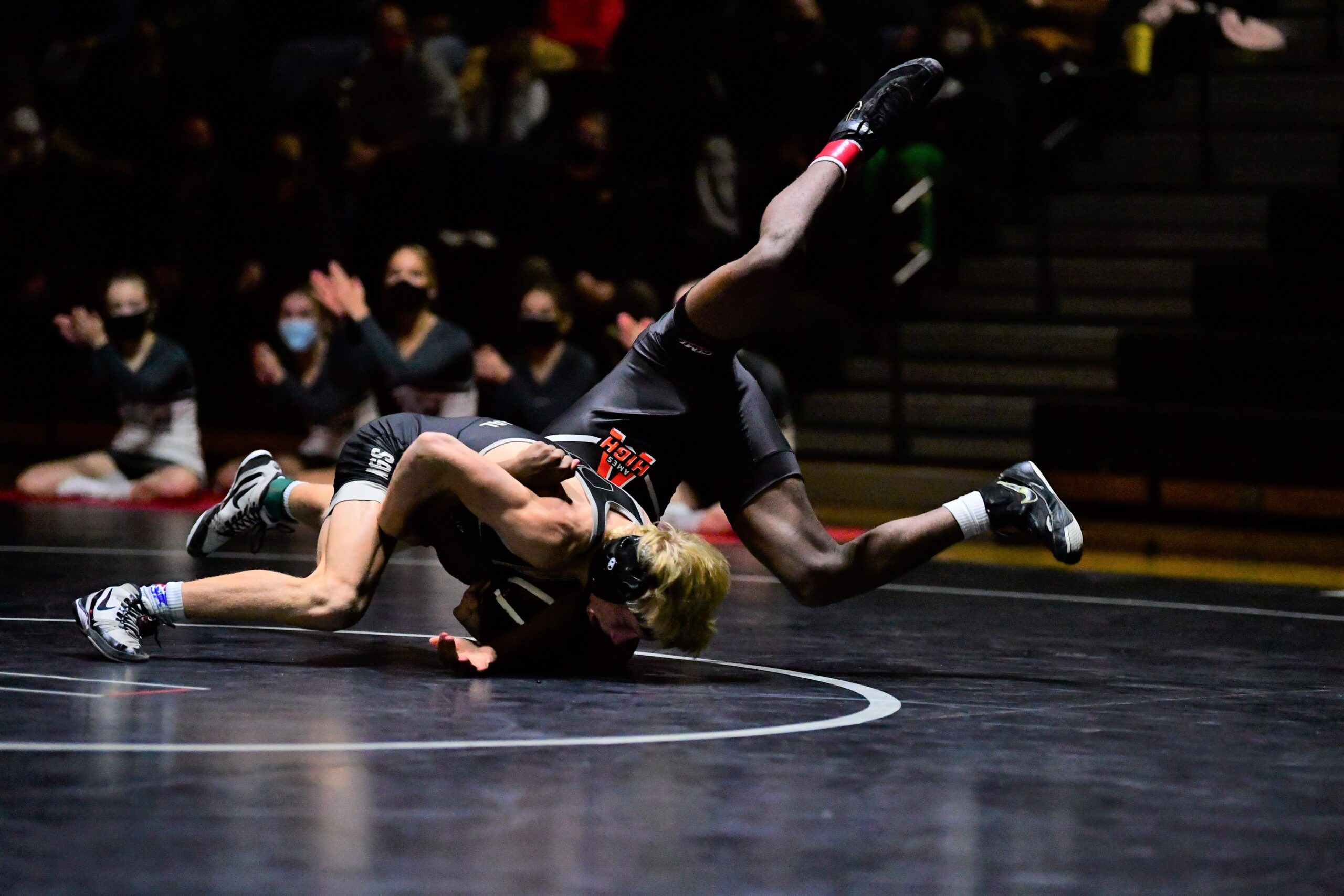 Bruhl returns to lineup, helps Jaguars to 4-1 record at Osage Duals