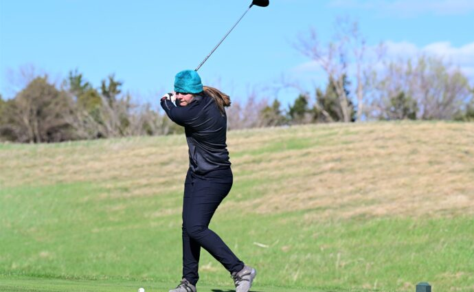 Hawkettes struggle in cold, windy conditions, drop dual to Marshalltown