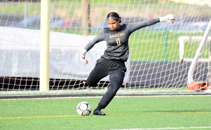 'It took a little bit of magic': Pritchard's goal lifts Hawkettes to 1-0 win at S.E. Polk