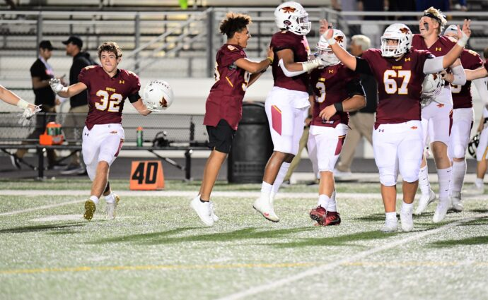 'I think we know who's No. 1 now': Ankeny shuts down Rams for 21-7 victory