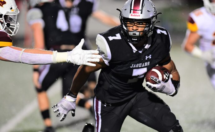 'Too little and too late': Jaguars can't overcome slow start in loss at Cedar Falls