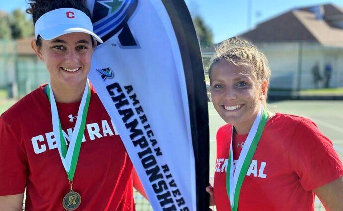 Ex-Jaguar Lewton earns 2nd straight ARC women's doubles crown
